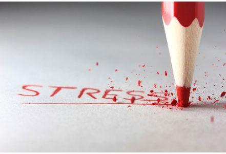 Stress-hommes-et-femmes-ne-reagissent-pas-de-la-meme-maniere_exact441x300