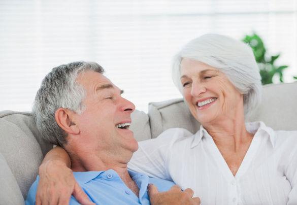 Pour-etre-heureux-attendons-d-avoir-70-ans-!_width585